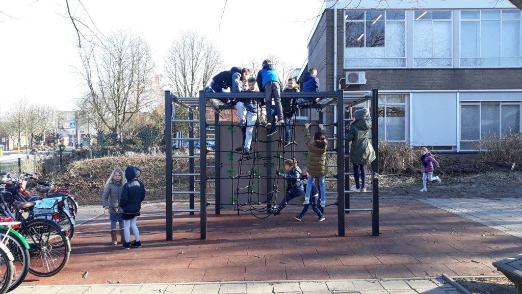 J1608-M Klimstructuur IJsselstein, Fatimaschool (2) (Large)